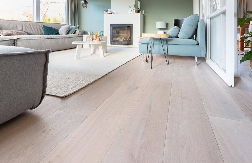Het installeren van hardhouten vloeren is een enorme financiële verplichting die op de lange termijn veel oplevert